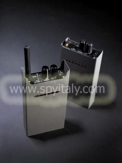 RF-DET-5.6 - Rivelatore professionale di emissioni RADIO fino a 5.6 GHz